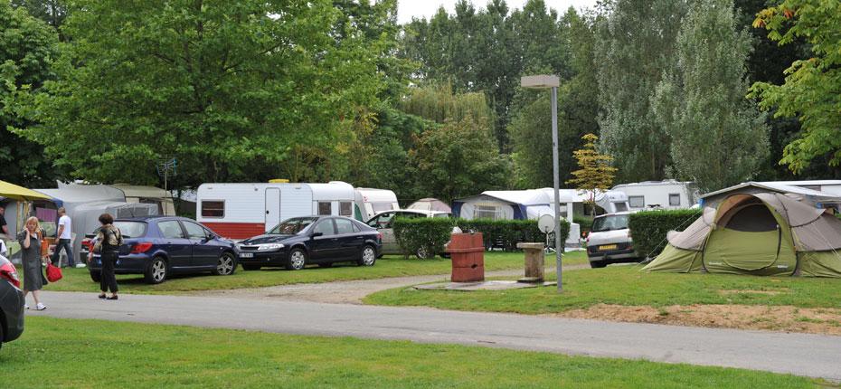 Le camping du Lac et ses emplacements en Ille et Vilaine