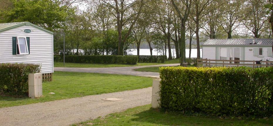 Location de parcelle au camping du Lac à Bain de Bretagne