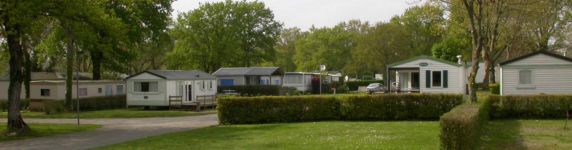location mobil home camping du lac bain de bretagne